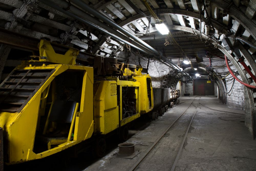 how to become a mining engineer in canada